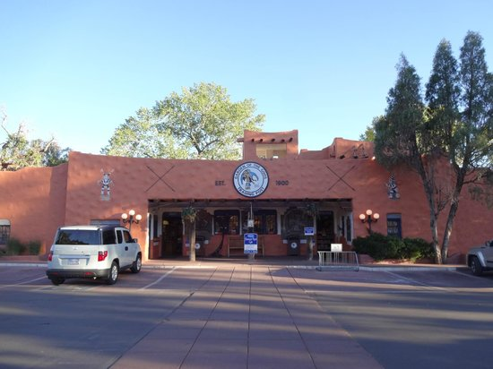 Garden of the Gods Trading Post: Front entrance of the trading post