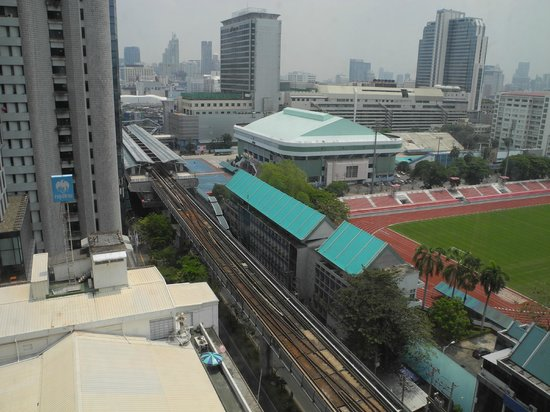 Siam@Siam Design Hotel Bangkok: view from our room over the skyrail and near national stadium