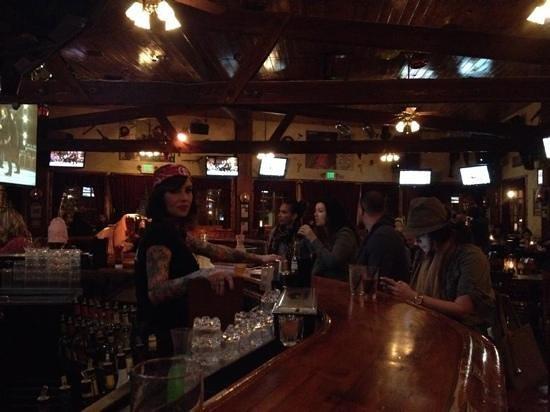 Saddle Ranch Chop House : Bar