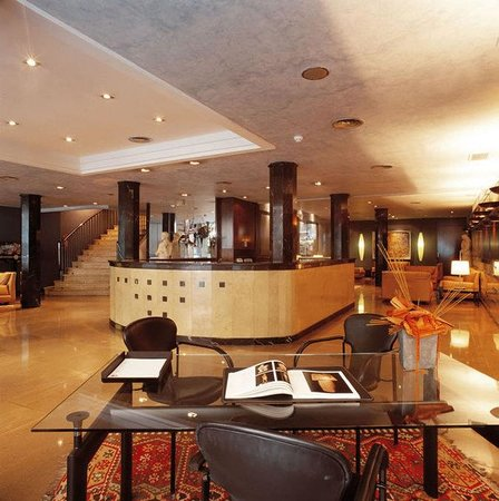 德比酒店照片
