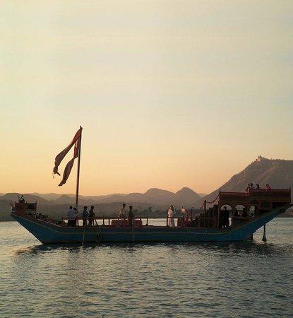 Taj Lake Palace Udaipur: Gangaur Boat