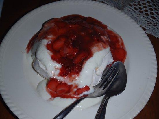 Kreol Kitchen: stawberry pav