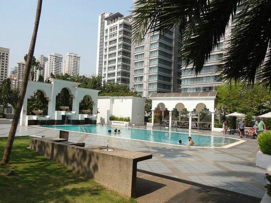 Hotel Istana: Pool