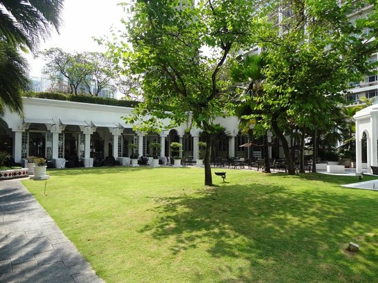 Hotel Istana: Garden