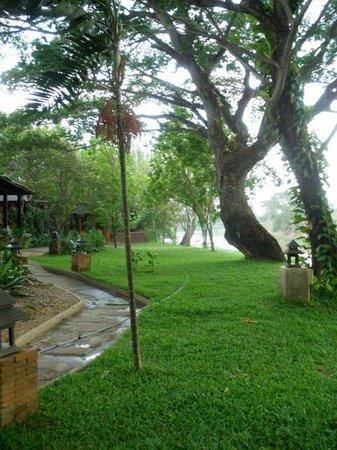 Baan Nam Ping Riverside Village: Inside Resort