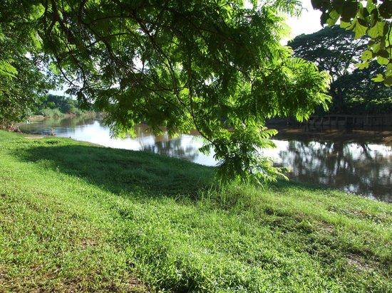 Baan Nam Ping Riverside Village: Look from Superior