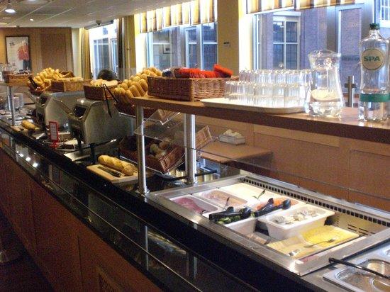 Ibis Den Haag City Centre : Breakfast