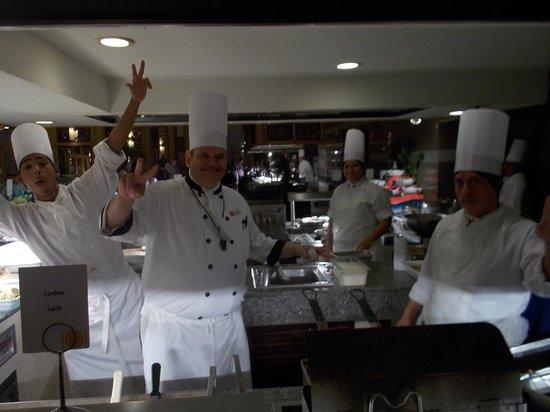 Hotel Riu Emerald Bay : meat cooks :)