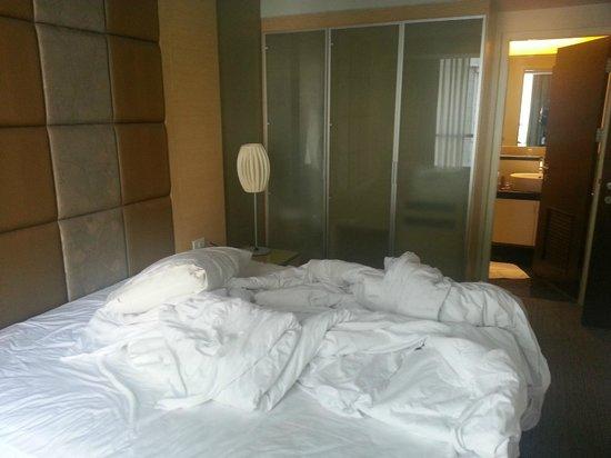 Urbana Langsuan: Bedroom of 1-bedroom apartment