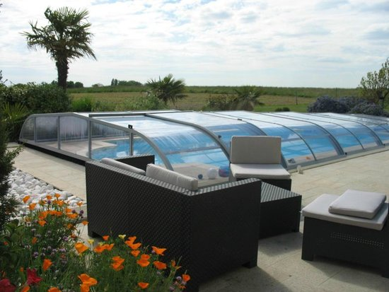 Chambres d'Hotes Le Plessis Vendee : terrasse-piscine