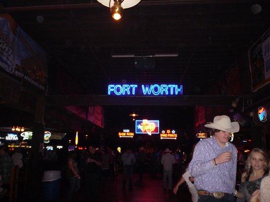 Billy Bob's Texas: Fort Worth by night