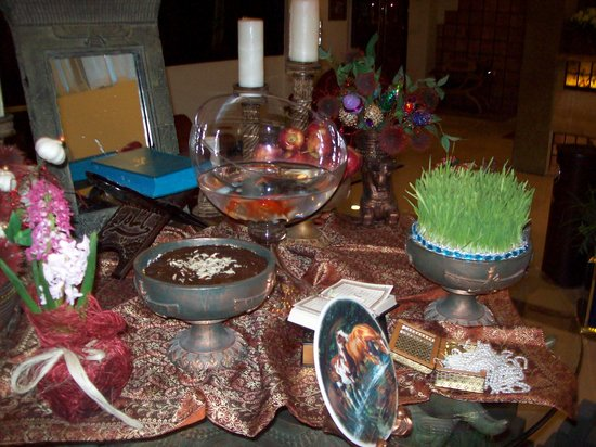 Aryo Barzan Hotel: traditional Haft Sin table (7 S table)for celeberating new year in Iran