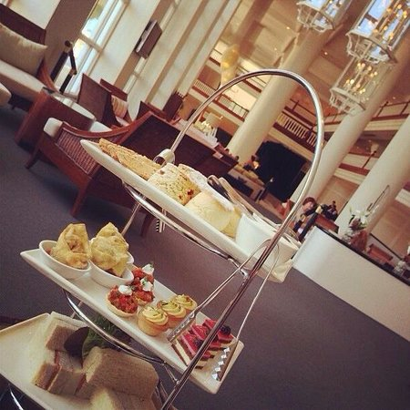 Pullman Cairns International: High tea