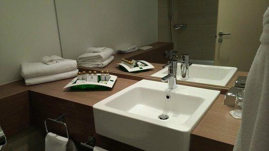Holiday Inn St. Petersburg Moskovskiye Vorota: ванная комната