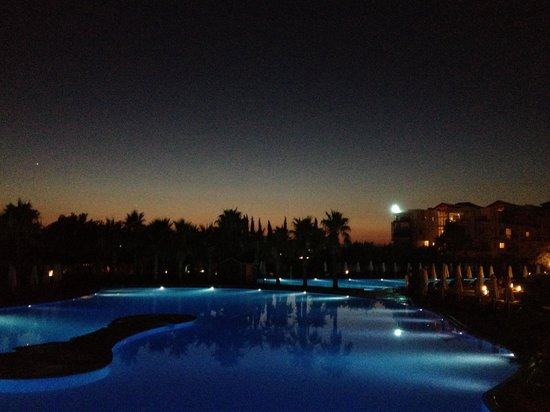 Barut Lara : The sunset by the poolside July 2013