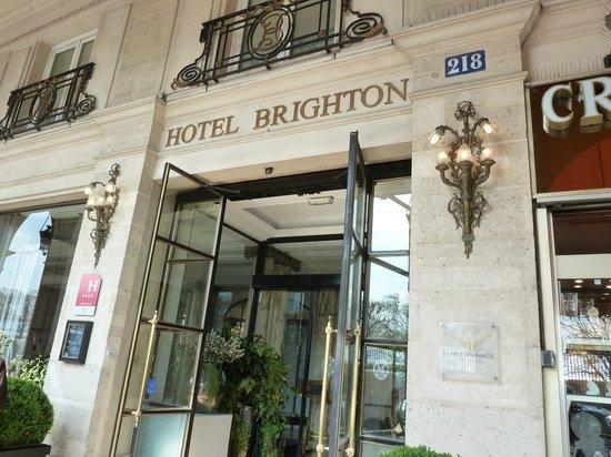 Hotel Brighton - Esprit de France: Фасад