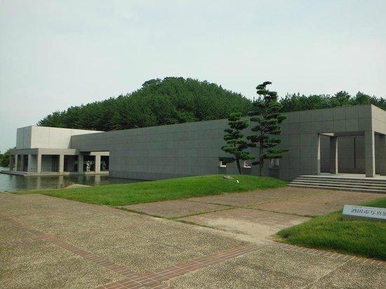Kuva ken domon museum of photography sakata for Domon ken museum