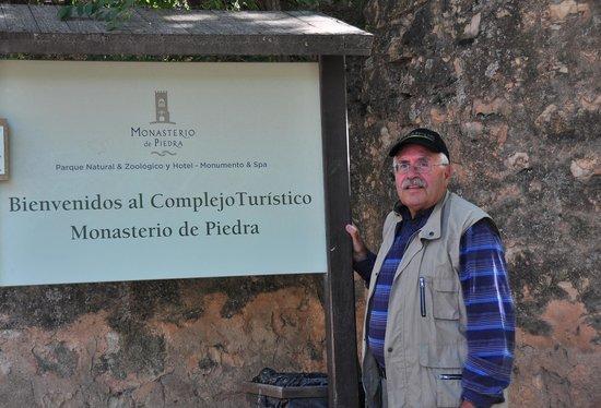 Monasterio de Piedra : entrada monasterio
