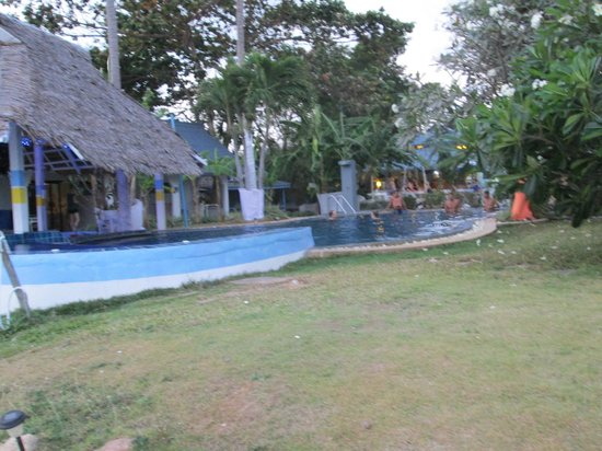 Beach Resort Hacienda: Pool area