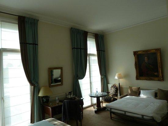 Hotel Brighton - Esprit de France: номер