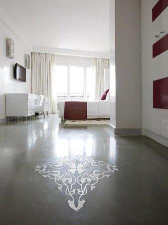 Hotel La Renaissance : Standard & Superior Room