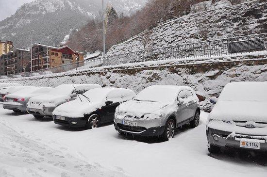 Hotel Sant Gothard: parking
