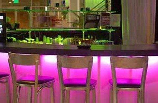 Empress Hotel: Restaurant