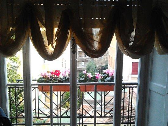 Suite Oriani: balconcino