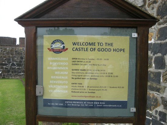 Castle of Good Hope: Welcome sign