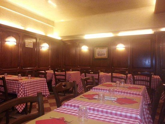 Ristorante Piccolo Martini : interior..