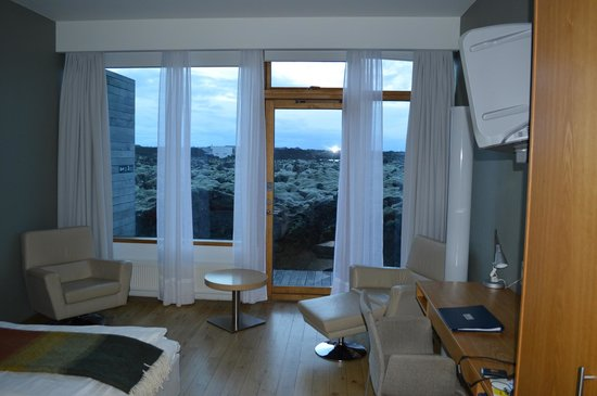 Silica Hotel: Room 15
