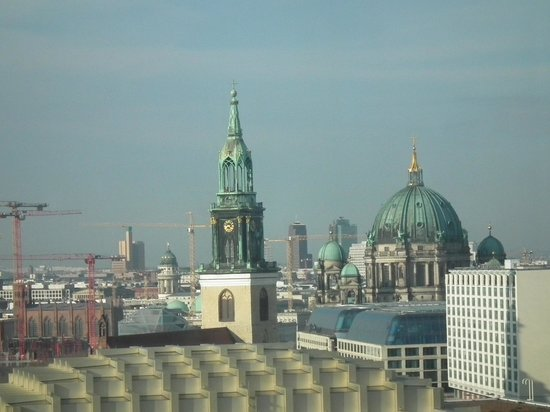 Park Inn by Radisson Berlin Alexanderplatz: City view