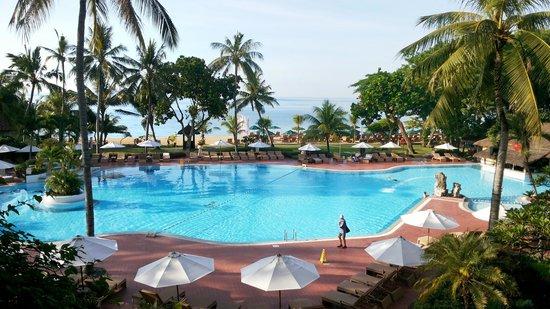 Prama Sanur Beach Bali: pemandangan dari teras kamar