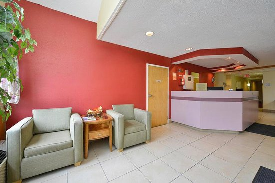 Americas Best Value Inn - East Syracuse: Lobby