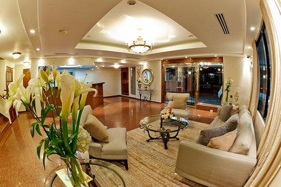 Hotel Coral Suites: Lobby View