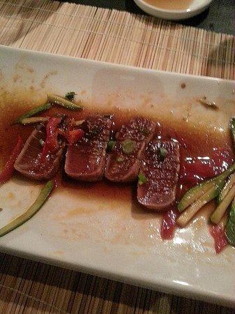 Ginger Sushi Lounge : The PERFECT tuna