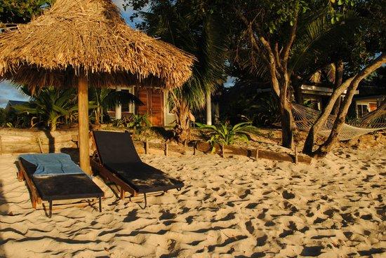 Blue Lagoon Beach Resort: Our Bure