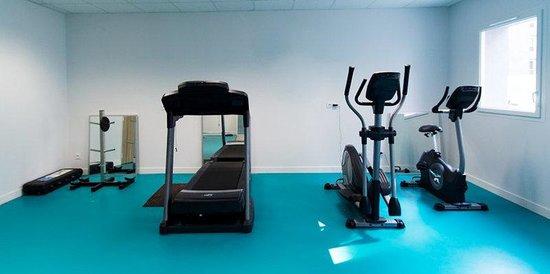 Quality Suites Lyon 7 Lodge : Fitness Room