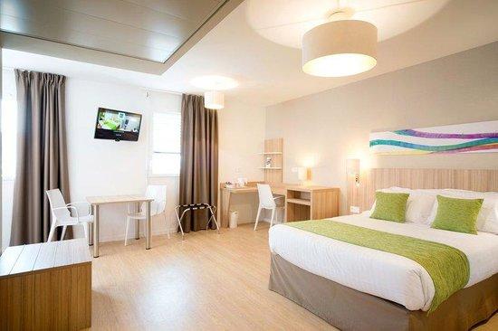 Quality Suites Lyon 7 Lodge : Suite Standard