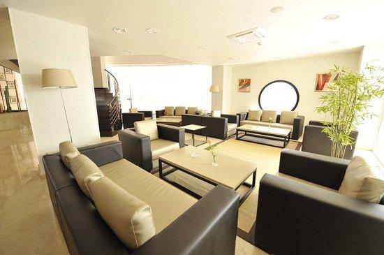 Hotel Liberte : Lobby