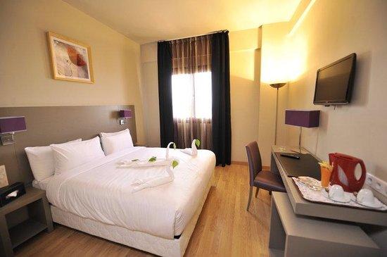 Hotel Liberte : Guest Room