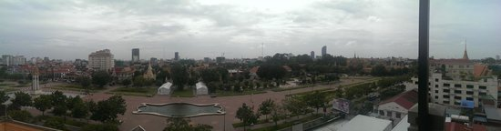 King Grand Boutique Hotel: View from the roof top