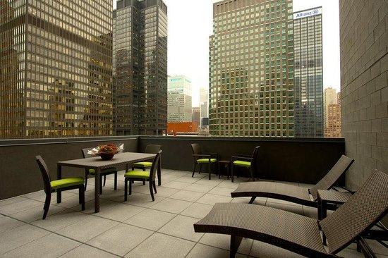 Junior Suite Terrace Picture Of Hilton Garden Inn New York Central Park South Midtown West