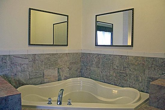 Hotels With Jacuzzi In Room Edison Nj