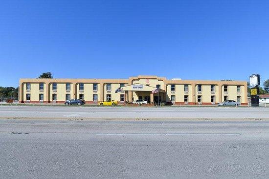 Americas Best Value Inn Winter Haven: Exterior