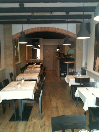 Vilanova i la Geltru, Spain: nueva imagen del restaurante