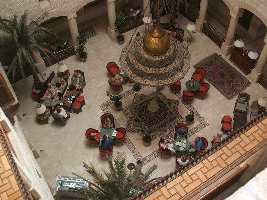 Movenpick Resort Petra: Inner courtyard from Floor 3