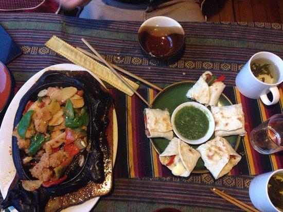 Tantra Restobar : Chicken sizzle and burritos!