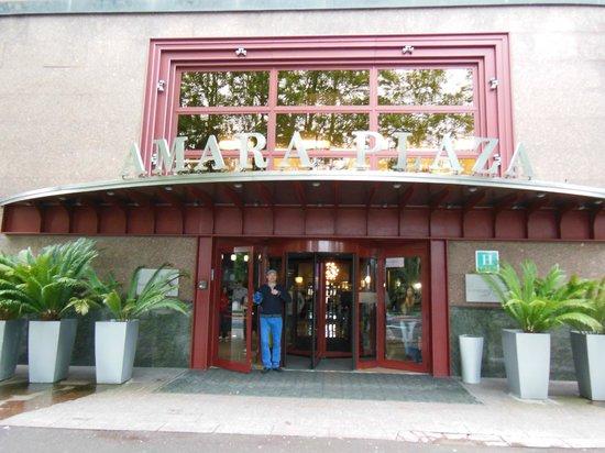 Silken Amara Plaza Hotel : Hotel Entrance