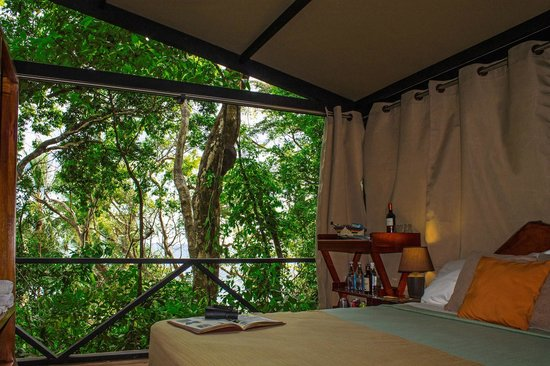 The Resort at Isla Palenque: Enclosed sleeping area at a Ridge Tented Suite